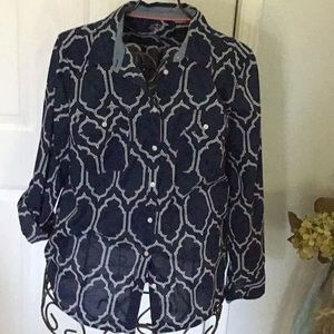 Blouse. Size large. Blue and white